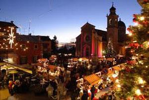 Il Paese Del Natale.Babbo Natale Elfi E Renne A Sant Agata Feltria